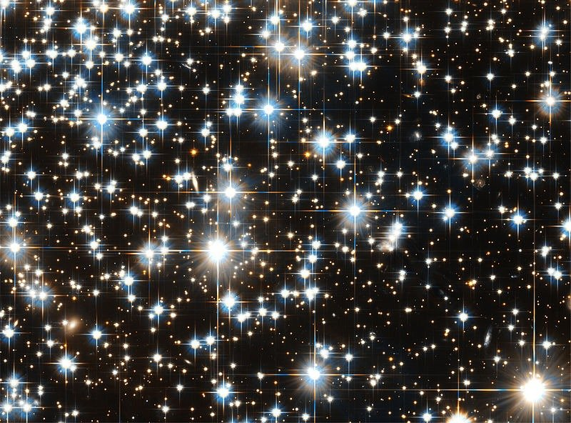 Diffraction spikes seen on Hubble images